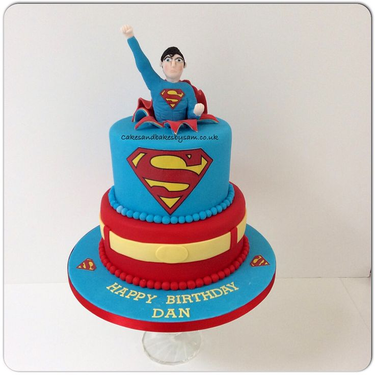 17 Best ideas about Superman Birthday Cakes on Pinterest ...