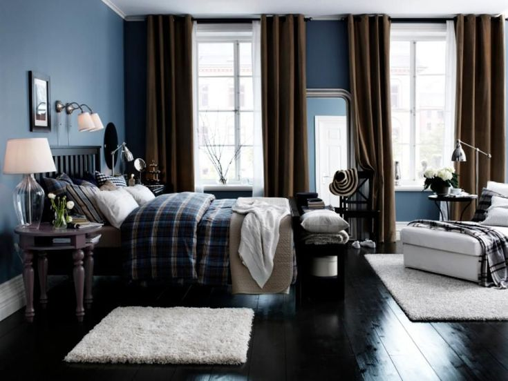 The key to a dreamy bedroom color palette is to not overdo any single element. If you choose a monochromatic color scheme, mix up textures and patterns. If you go with a bold color mix, offset it with an empty wall or neutral bed linens. #BedLinen