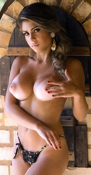 Girls big tan boobs with super