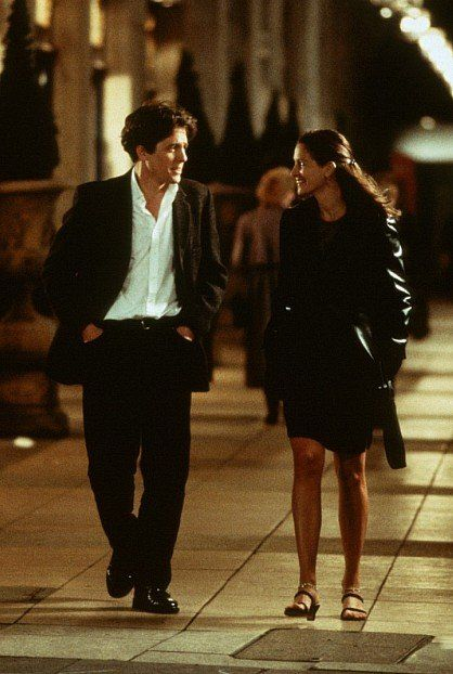 Still of Julia Roberts and Hugh Grant in Notting Hill