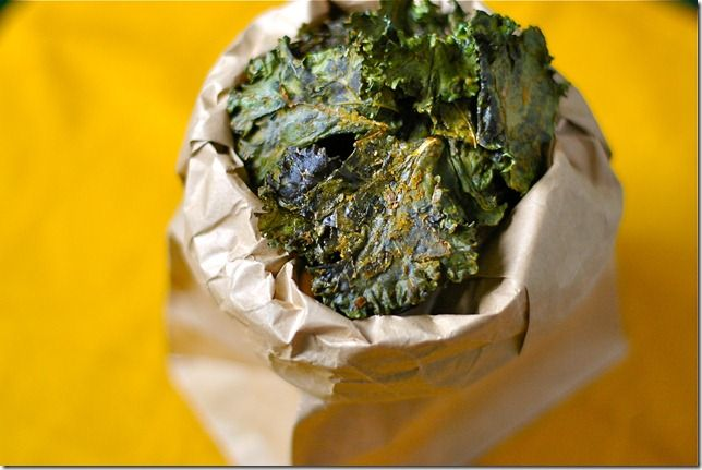 Cheezy Herb Kale Chips