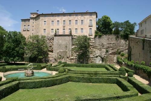Château d'Entrecasteaux. Provence-Alpes-Côte d'Azur