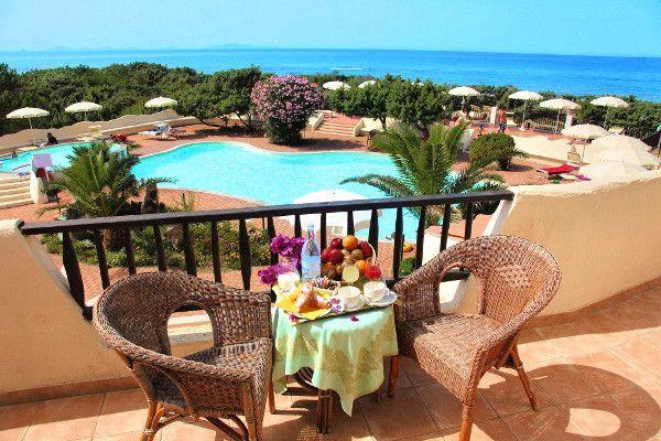 Hôtel Maxi Club Del Golfo 4* à Sorso prix Voyage pas cher Sardaigne Go Voyages dès 699,00 € TTC Tout Inclus