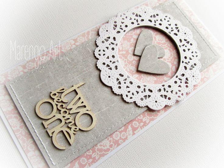Przestrzenna kartka w szarości i różu, z dodatkiem białej rozety, zdobiona delikatnymi przeszyciami oraz przestrzennym tekturowym napisem *two become one*.  Do kupienia w sklepie internetowym Madame Allure!