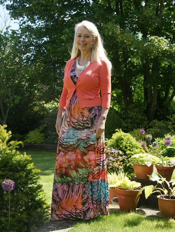 Mature women wearing short dresses for