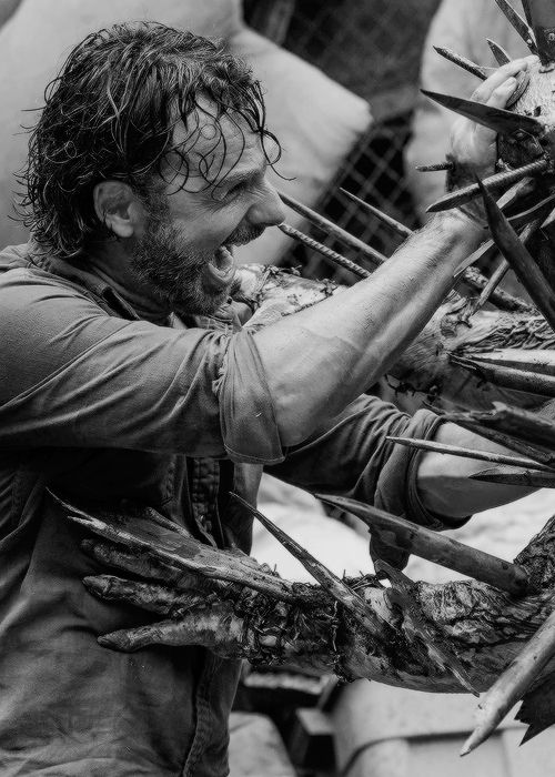Rick Grimes in The Walking Dead Season 7 Episode 10 | New Best Friends