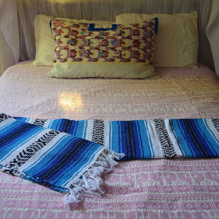 1000+ Ideas About Mexican Blankets On Pinterest