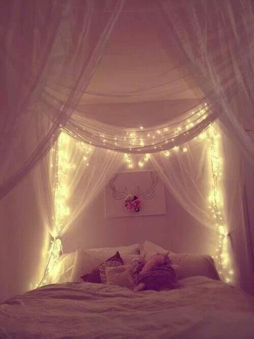 Süße Träume. Schlafzimmer. Room.