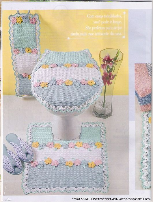 Blue bathroom decor with flowers and ♥LCB♥ with diagrams