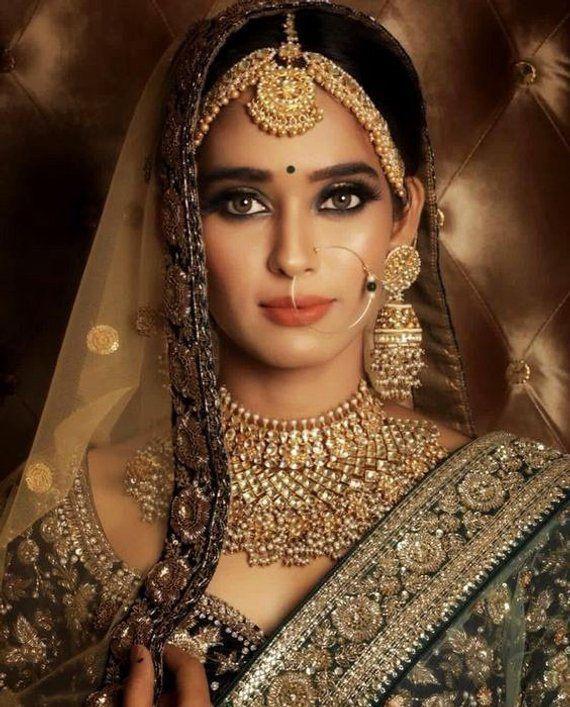 Gioielli indiani Sabyasachi Collana pesante Collana da sposa indiana,  #Collana …