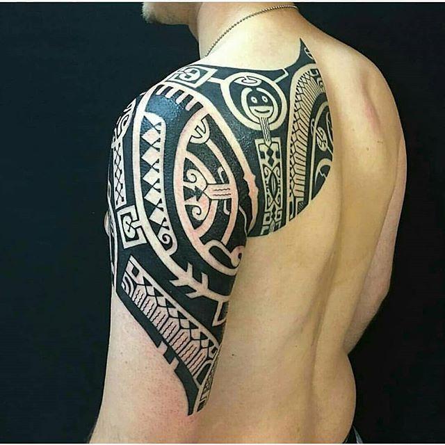 Polynesian Tattoo Artist Santostattooo Per Info Santos Santostattoo Com Artist Santostattooshop Polynesian Tattoo Tattoos Tribal Tattoos