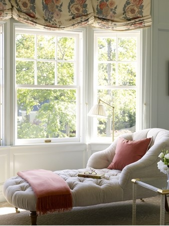 30 best images about a room with a view on pinterest for Chaise longue window seat
