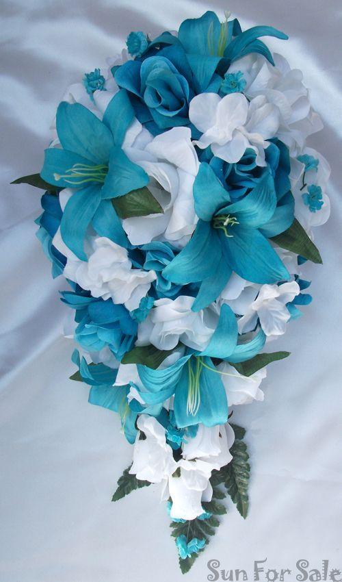 Mariage bleu turquoise : le bouquet de fleurs cascade