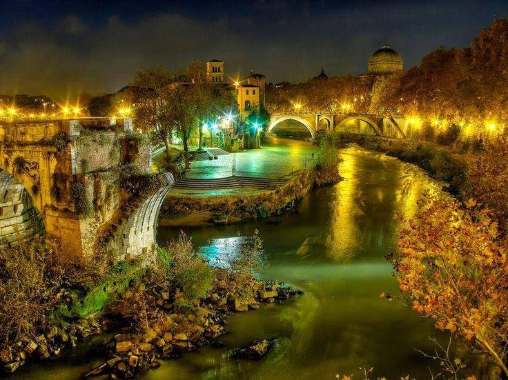   #Roma   Isola Tiberina    www.volamondo.it