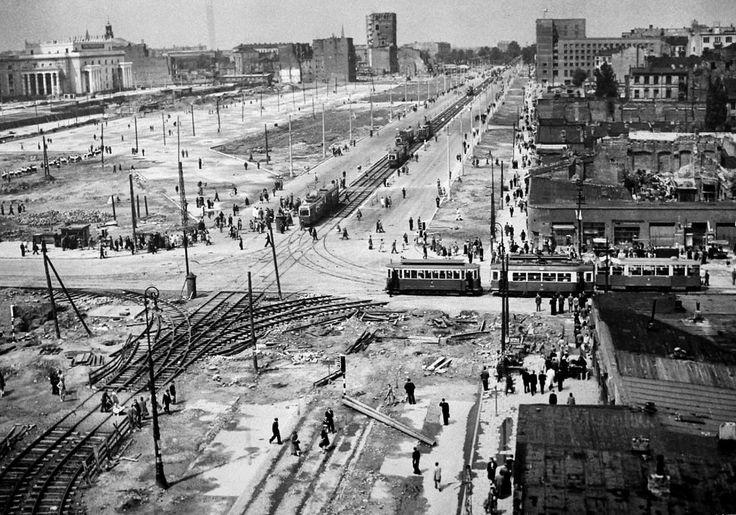 Warszawa - Skrzyżowanie Marszałkowskiej i Alej Jerozolimskich (początek lat 50.)