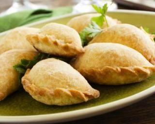 Empanadas allégés (chaussons de boeuf mexicains pimentés) : http://www.fourchette-et-bikini.fr/recettes/recettes-minceur/empanadas-alleges-chaussons-de-boeuf-mexicains-pimentes.html