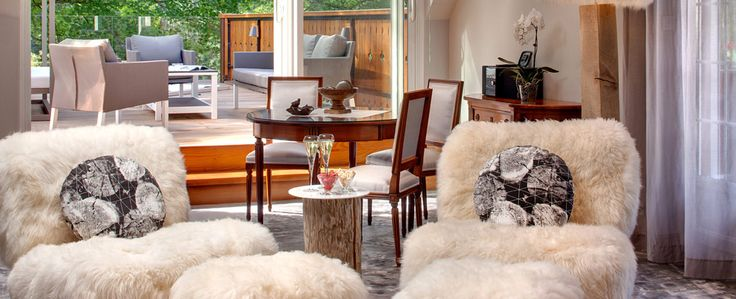 Hotel spa et suite d'exception avec jacuzzi panoramique privatif sur la terrasse, La Cheneaudière en Alsace