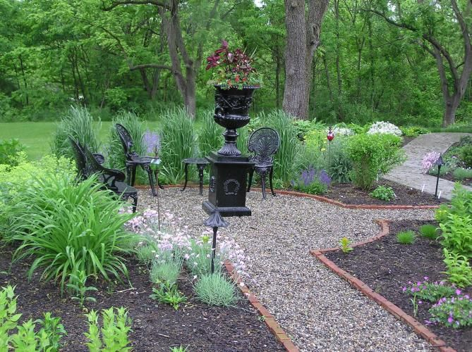 Pea Gravel Landscaping Ideas : Brick edging, Gravel path and Pea gravel on Pinterest