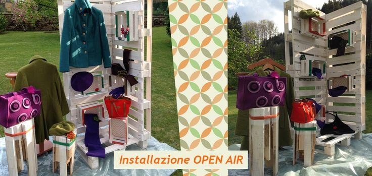 Retail-allestimento open air con materiali di riciclaggio-pallet e cassette della frutta