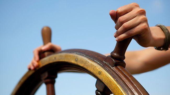 Пока вы не научитесь управлять веслами, бесполезно менять лодку!  #бизнесмен #мотивация #мечта #бизнесмечты #бизнесонлайн #предприниматель #бизнес #zhdanovich #бм