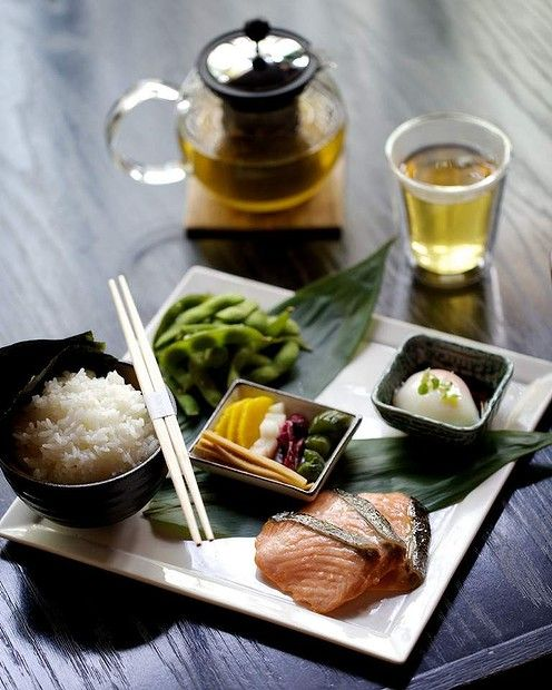Choushoku breakfast with tea at Sokyo.