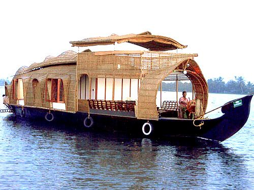 Kerala Tour For Memorable Holiday In India at http://www.kerala-travel-tours.in