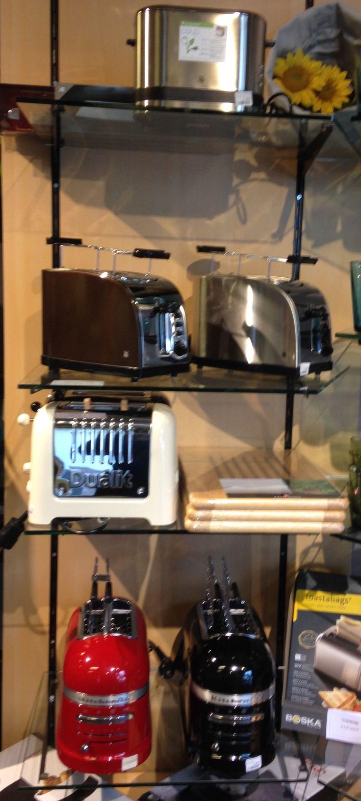 Natuurlijk wil je een geroosterd boterhammetje bij je Paasbrunch! Welke toaster je nodig hebt? Kom ze allemaal op je gemak bekijken bij winkel Mimi in Goirle!