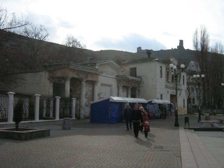 """Прогулка по Генуэзской крепости """"Чембало"""" XIV век и по Музейному комплексу """"Балаклава"""" (Объект 825). Старые здания Балаклавы"""