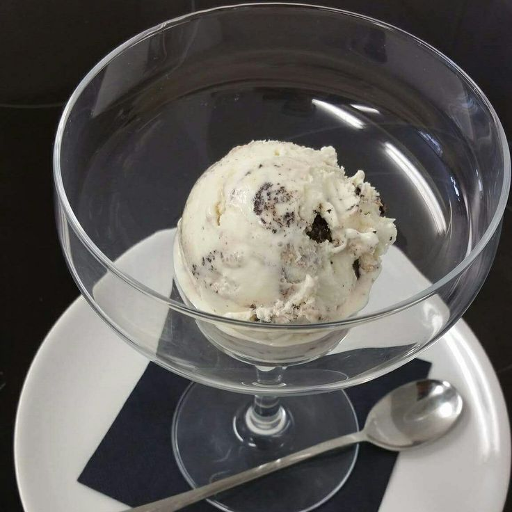 New cookies and cream ice cream!!   Made with oreos!! Yum yum Only available here!  ~~Made by Mendip Moments