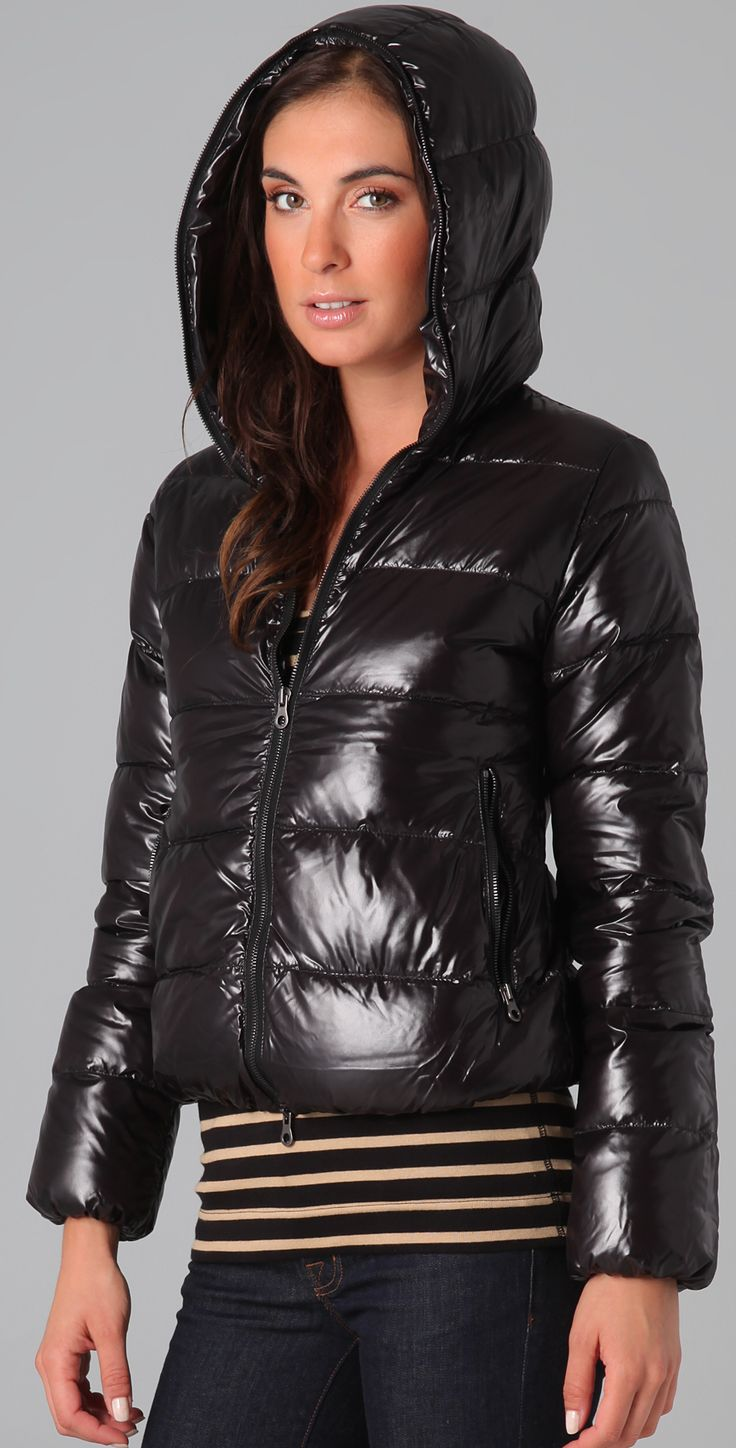 17 Best images about Down jackets, shiny, skiing on Pinterest ...