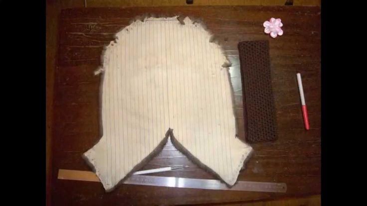 В этом видеоуроке показан один из способов вязания мехом. Теплая, уютная и красивая меховая повязка на голову связана из меха норки методом оплетания сетки, ...