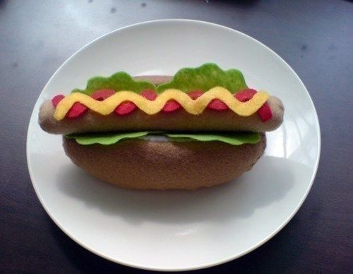 "Felt Hot Dog Bun - Patterns and Instructions via Email = This website has LOTS of patterns for ""felt food"" for sale. This is just one of them."