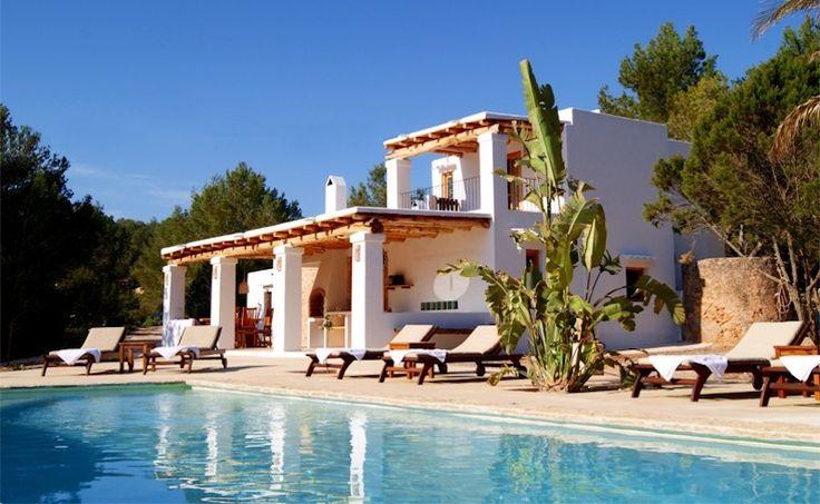 COCOON terrace outdoor living inspiration bycocoon.com | exterior design | terrace design | villa design | hotel design | wellness design | design products for easy living | Dutch Designer Brand COCOON | Casa Ajub, Cala Vadella, Ibiza