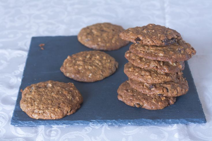 Biscotti mandorle, uvetta e fiocchi d'avena - oatmeal, raisin and al almond cookies