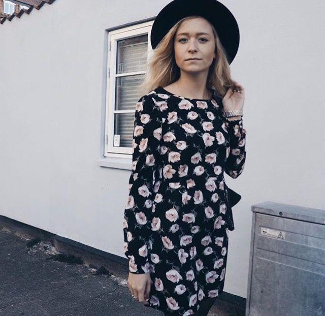 www.clairesofie.com / Rose Dress / @juliamatysek