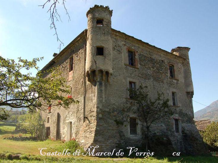 Castello di Marcel de Verrès, Aosta. Apertura al pubblico: si con barriere architettoniche presenti  Open- no handicap accessible-Ticket  Da visitare:il borgo, i sentieri in montagna