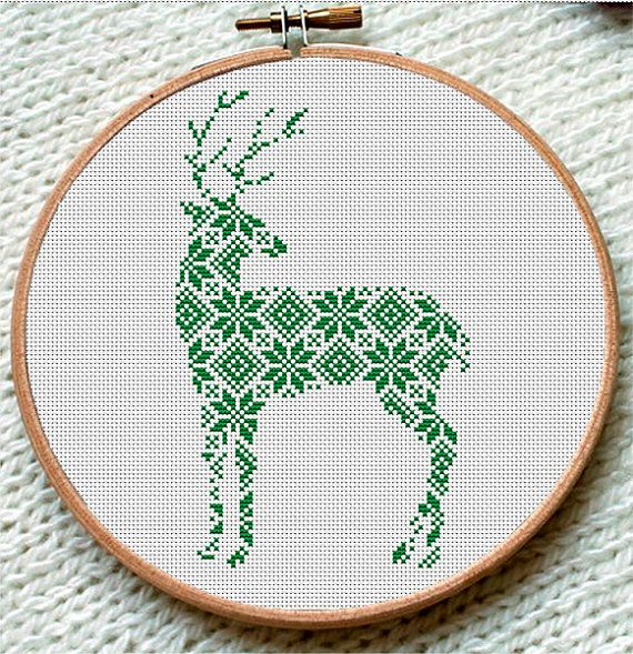 Winter Green Reindeer Cross Stitch Pattern от CrossStitchForYou