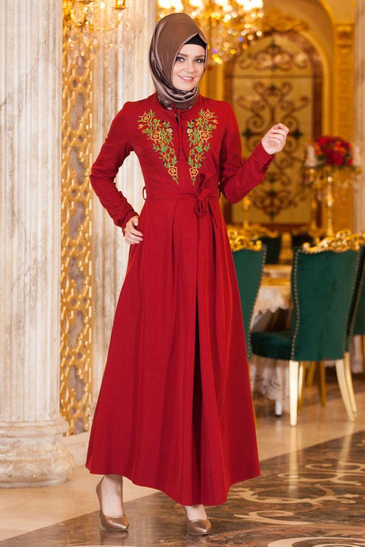 Sedanur Collection-Nakıs Desen Kemerli Bordo Elbise http://www.sedanur.com/sedanur-collection-nakis-desen-kemerli-siyah-elbise/