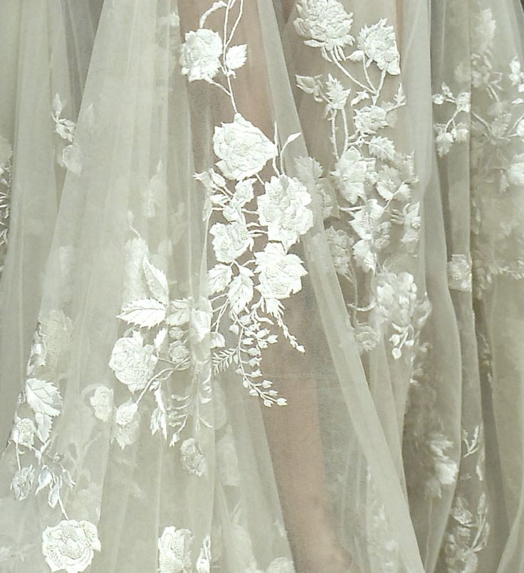Beautiful Chang E 3: Embroidery, Lace, And Monogram!