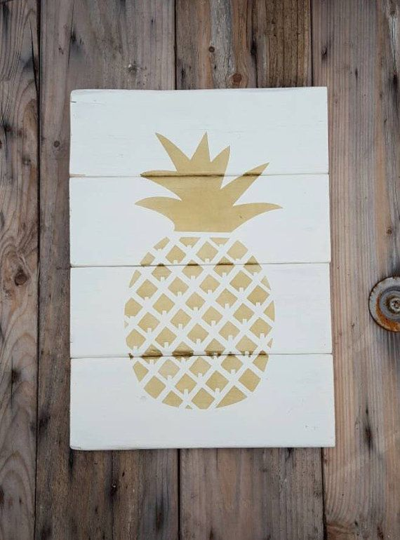 Wood signs, Wood wall art, Pineapple wall art, Pallet sign, Reclaimed Wood Sign