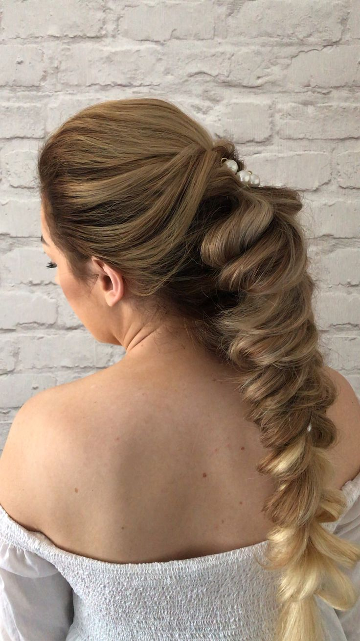 Wow factor wedding hairstyles #ponytail #bridesmaid #hairstyles #updos
