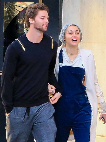 Inside Miley Cyrus and Patrick Schwarzenegger's Karaoke Date http://www.people.com/article/miley-cyrus-patrick-schwarzenegger-braison-christina-blind-dragon-karaoke