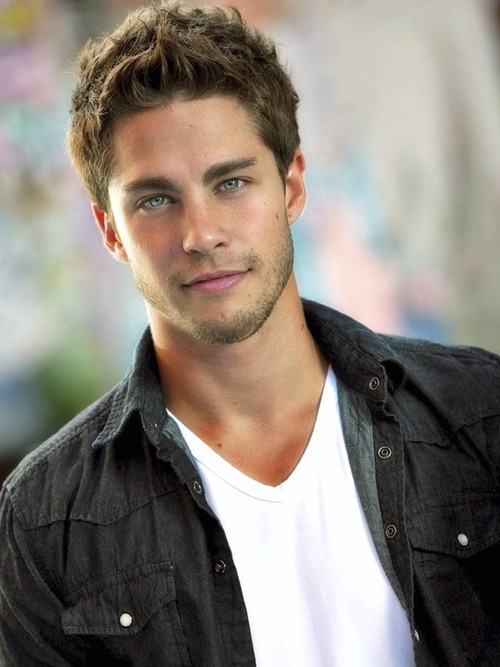 Dean Geyer aka Brody on Glee.    Actor: Check  Singer-Songwriter: Check  Hottie: CHECK  SOUTH AFRICAN ACCENT: O.M.G.