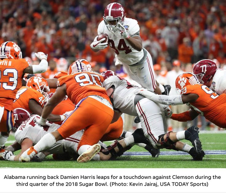 Damien Harris TOUCHDOWN! - USA Today pics from Alabama's 24 - 6 Sugar Bowl victory over Clemson in the CFP Playoffs. #Alabama #RollTide #Bama #BuiltByBama #RTR #CrimsonTide #RammerJammer #CFBPlayoff #SugarBowl #CFBPlayoff2018