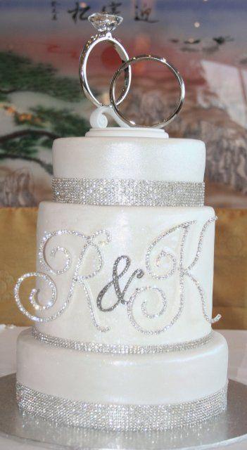 Bling Wedding Theme | ... sleeve wedding dress beaded lace wedding cake chinese wedding pink an