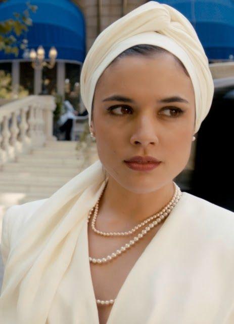 Adriana Ugarte como Arish Agoriuq