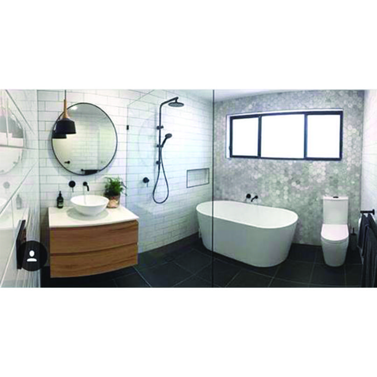We were super impressed by this bathroom from @beckjbell Great concept!   #weloveit #interior