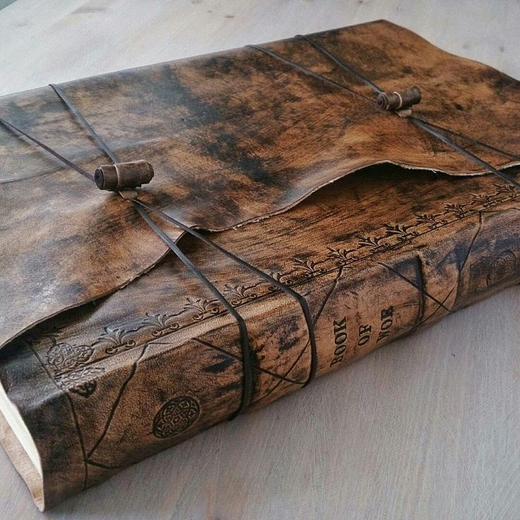Super large personalized leather journal, a3 size, double pages and raised bands on spine... Ver proud! :)