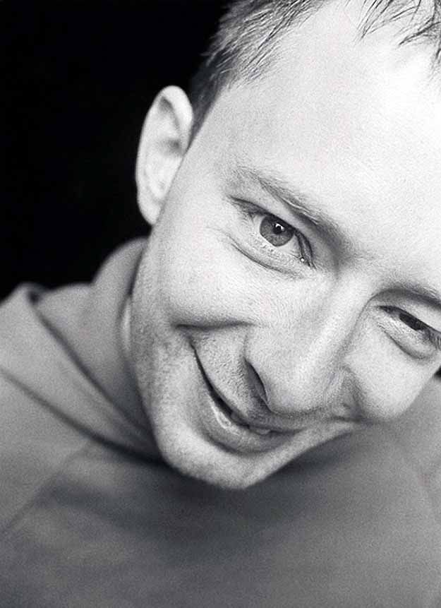 <b>Proof that Radiohead's frontman is not always a misery guts.</b>