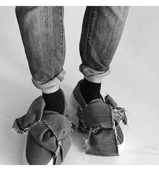 Australia based authorised & official shoes retailer: Joshua Sanders, Chiara Ferragni, Minna Parikka, Black Martine Sitbon and Donsje.